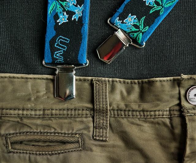 pants-1303108_640